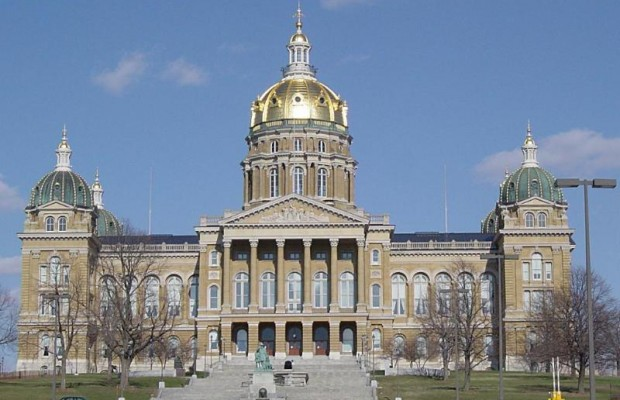 Iowa Senate Passes Bullying Bill