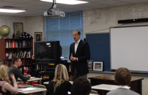 Thune Briefs Students On Budget Bill